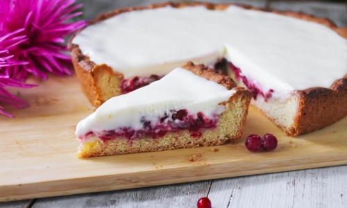 Как приготовить пирог с брусникой